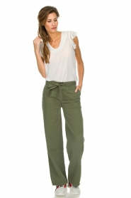 Lois Jeans |  Wide leg cotton pants Noemi | green  | Picture 3