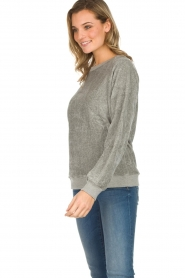 American Vintage |  Velvet sweater Isacboy | grey  | Picture 3