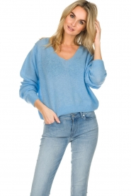 American Vintage    Knitted sweater with wide neck Ugoball   blue    Picture 2