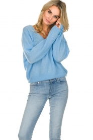 American Vintage    Knitted sweater with wide neck Ugoball   blue    Picture 3