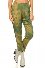 Rabens Saloner |  Tie dye pants Joan | green  | Picture 2