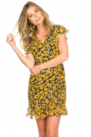 Freebird |  Floral wrap dress with ruffles Rosy Flower | yellow  | Picture 4