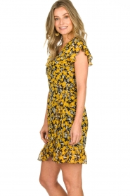 Freebird |  Floral wrap dress with ruffles Rosy Flower | yellow  | Picture 5