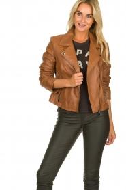 Arma |  Studio Ar leather biker jacket Gomera | camel  | Picture 4