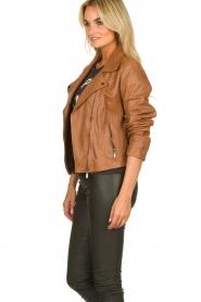 Arma |  Studio Ar leather biker jacket Gomera | camel  | Picture 5
