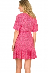 BEACHGOLD | Dress with floral print Betty | pink  | Picture 7