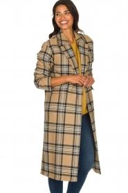 Set    Long checkered coat Myrna   camel    Picture 4