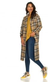 Set |  Long checkered coat Myrna | camel  | Picture 6
