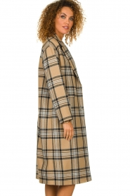 Set |  Long checkered coat Myrna | camel  | Picture 4