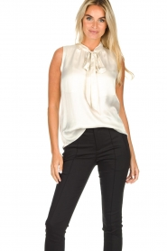Set |  Sleeveless top with bow Mujo | white  | Picture 2