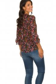 Set |  Floral blouse Myrna | black  | Picture 5