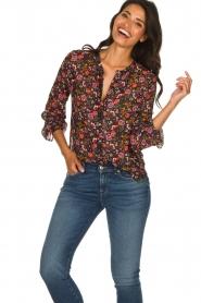 Set |  Floral blouse Myrna | black  | Picture 3