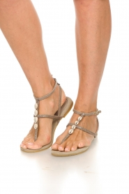 Maluo | Leather sandals Donna | grey  | Picture 2