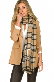 Set |  Checkered scarf Mila | brown  | Picture 2