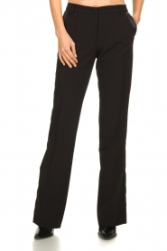 Kocca :  Trousers with shimmering stripes Cland | black - img4
