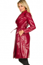 Kocca |  Lacquer trench coat Kicca | red  | Picture 5