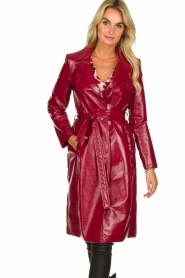 Kocca |  Lacquer trench coat Kicca | red  | Picture 4
