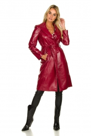 Kocca |  Lacquer trench coat Kicca | red  | Picture 3