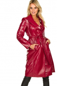 Kocca |  Lacquer trench coat Kicca | red  | Picture 2