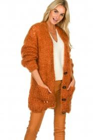 Les tricots d'o | Woolen cardigan Forrest | orange  | Picture 4