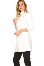 Atos Lombardini | Coat Melanie | white  | Picture 4