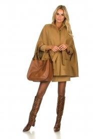 Atos Lombardini | Woolen coat Petra | camel  | Picture 3