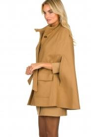 Atos Lombardini | Woolen coat Petra | camel  | Picture 5