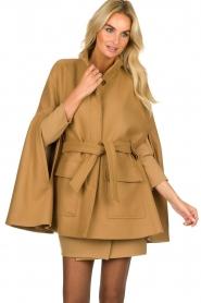 Atos Lombardini | Woolen coat Petra | camel  | Picture 4