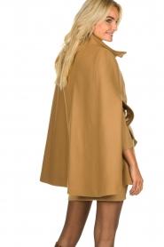 Atos Lombardini | Woolen coat Petra | camel  | Picture 6