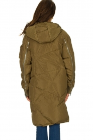Silvian Heach | Down jacket Dhaya | green  | Picture 5