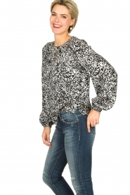Essentiel Antwerp |  Blouse with print Tartmony | black & white  | Picture 4