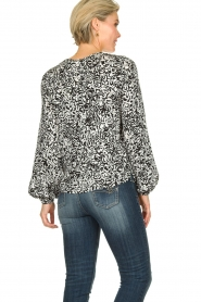 Essentiel Antwerp |  Blouse with print Tartmony | black & white  | Picture 5