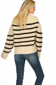 Essentiel Antwerp | Woolen sweater Todern | natural  | Picture 6