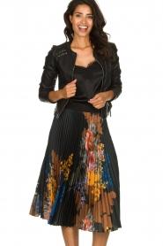 Hale Bob |  Floral plisse midi skirt Swanhild | black  | Picture 2