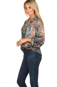 Hale Bob |  Silk top with paisley print Cornelia | camel  | Picture 4