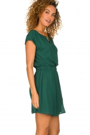 Patrizia Pepe |  Dress with elastic waist Sacha | green  | Picture 5