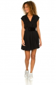 Patrizia Pepe |  Dress with pleated skirt Lucie | black  | Picture 3