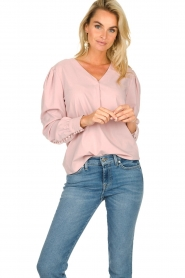 JC Sophie |  Blouse with playfully buttoned cuffs Aukje | pink  | Picture 2