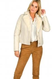 Patrizia Pepe | Leren lammy coat Gwendoline | naturel  | Afbeelding 2