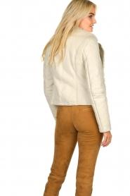 Patrizia Pepe | Leren lammy coat Gwendoline | naturel  | Afbeelding 6