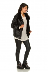 Patrizia Pepe |  Reversible faux lammy coat Nicole | black  | Picture 3