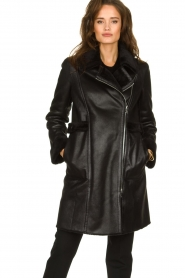 Patrizia Pepe |  Reversible faux lammy coat Eva | black  | Picture 7