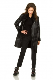 Patrizia Pepe |  Reversible faux lammy coat Eva | black  | Picture 3