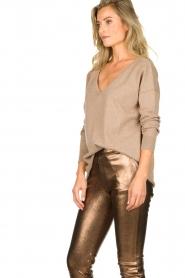 Blaumax |  V-neck sweater Fria | beige  | Picture 4