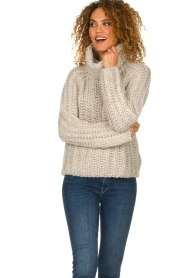 Blaumax |  Turtle neck sweater with cable knit pattern Tia | beige  | Picture 2