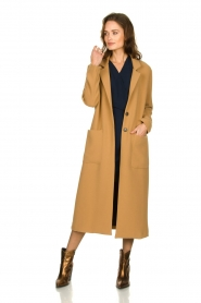 Kocca |  Long coat Dimity | camel  | Picture 4