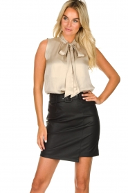 Kocca | Faux leather skirt Vida | black  | Picture 2