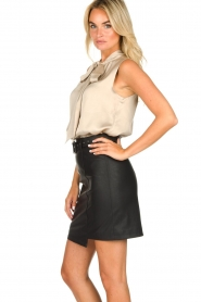 Kocca | Faux leather skirt Vida | black  | Picture 4