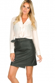 Kocca | Faux leather skirt Vida | green  | Picture 2