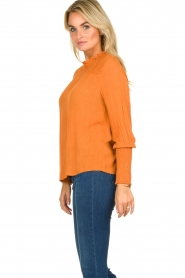 Aaiko |  Smocked blouse Sagari | burnt orange  | Picture 4
